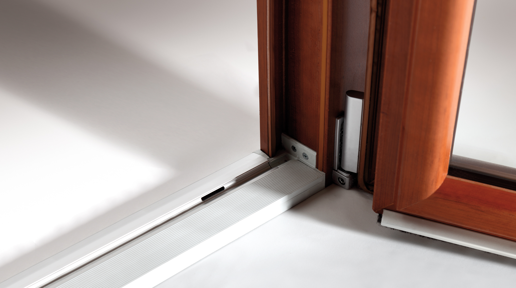 Infissi in pvc oknoplast accessori d 39 eccellenza - Ammortamento porte e finestre ...